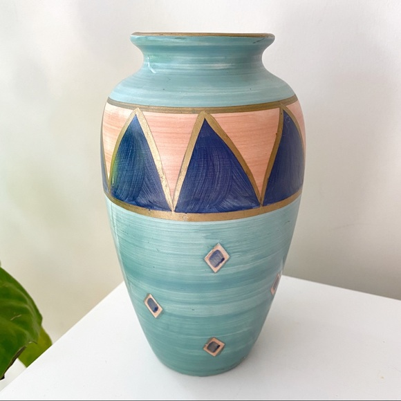 VTG Ports of Call Handpainted Vase by Jeff Banks